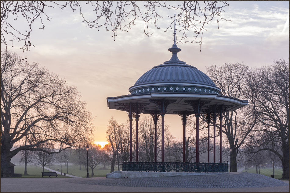Clapham Common Bandstand at dawn, 29 March 2014, 6:10 a.m.